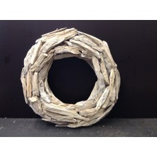 Krans met houtstukken, vlak, white washed, Ø42x7 cm